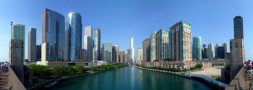 Chicago_skyline_river