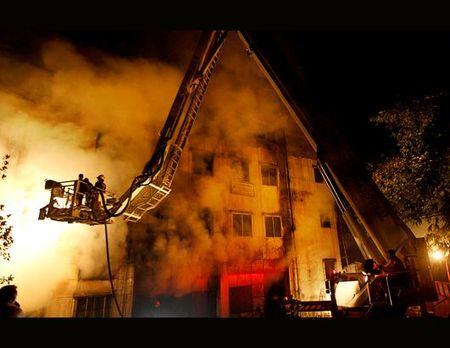 Ap_bangladesh_factory_fire_ss1_jt_121125_ssh