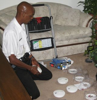 Alonzo smoke alarm installation