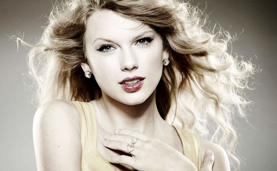 Taylor-swift-old-screen