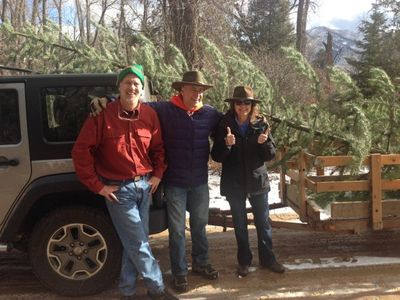 Falls Creek Ranch Colo Photo Credit Sara Carver 3 - 3 residents w.tree - 12.11.15
